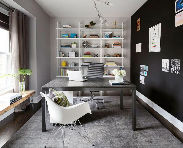 Пример интерьера с черной мебелью
