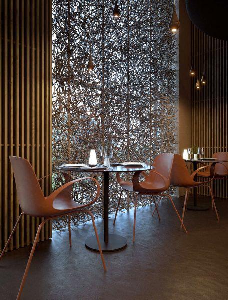 Интерьер кафе в стиле постмодерн