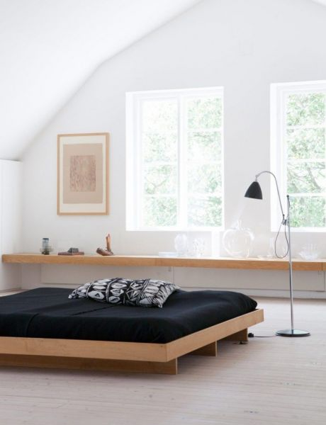Минималистичная спальня, оформление окна