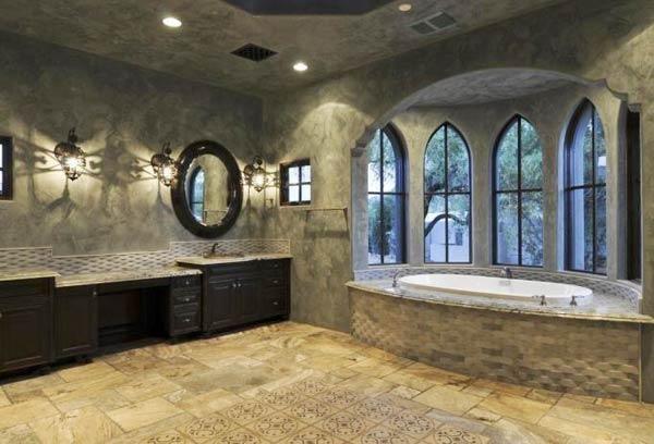 Готическая ванная
