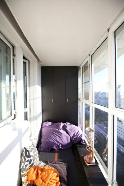 Примеры оформления маленького балкона
