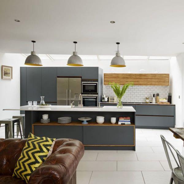 Обстановка в кухне-гостиной