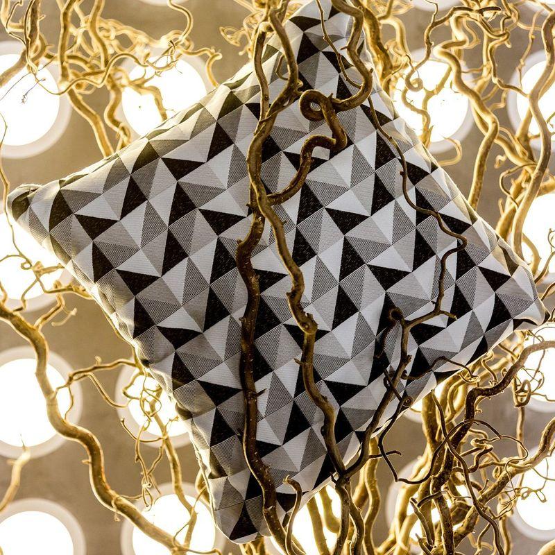 Интерьерная подушка Berlingot Noir&Blanc 3113039. Фото №1