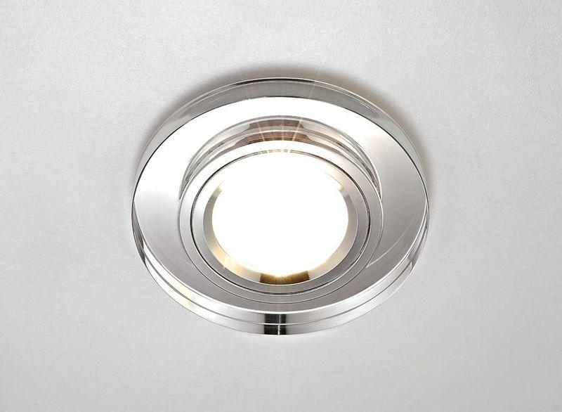 Точечный светильник встраиваемый 8060 CL
