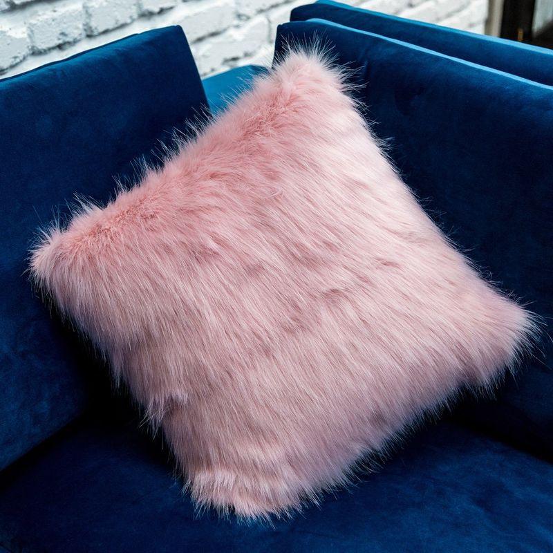 Интерьерная подушка Yeti Rose 3113043. Фото №1