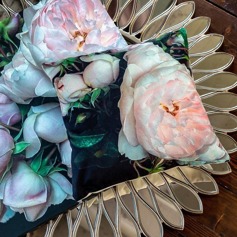 Интерьерная подушка Cloud Rose 4112120. Фото №1