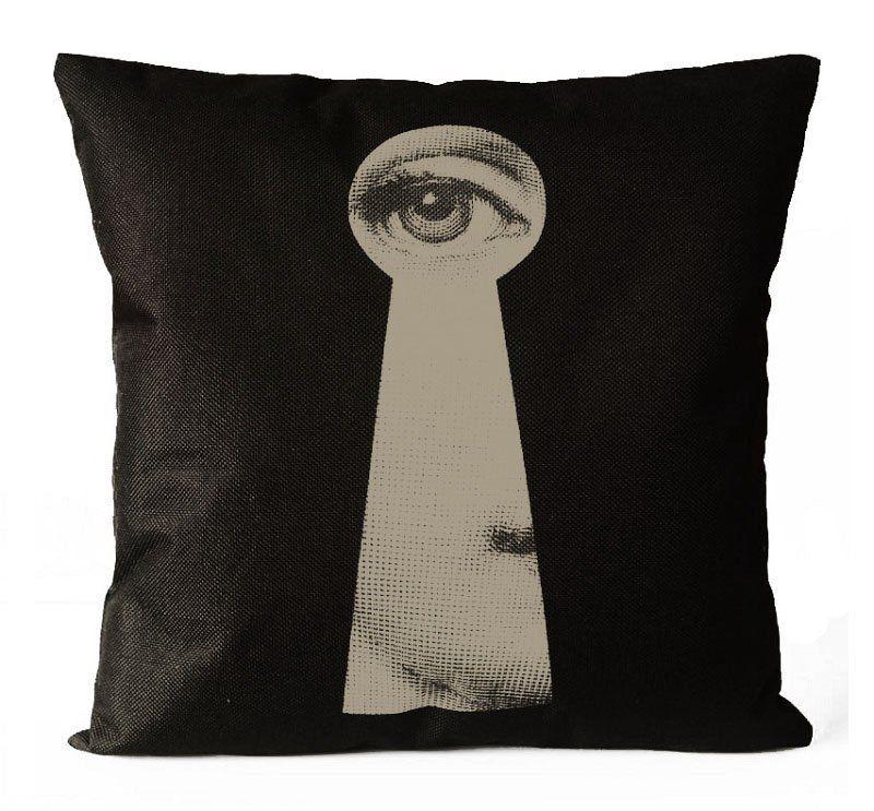 Подушка с портретом Лины Пьеро Форназетти Keyhole BD-101823