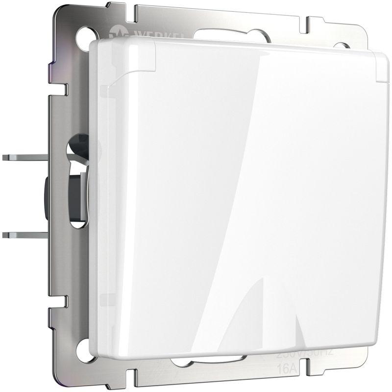 Розетка влагозащ. с зазем. с защит. крышкой и шторками Werkel (белая) W1171201