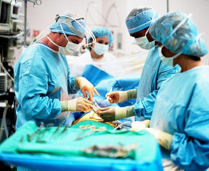 Подсветка над операционным столом во благо жизни и здоровья человека