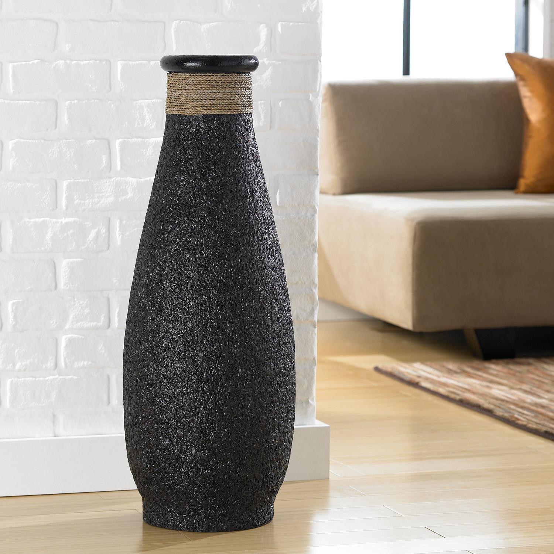 Декоративные вазы в оформлении дома