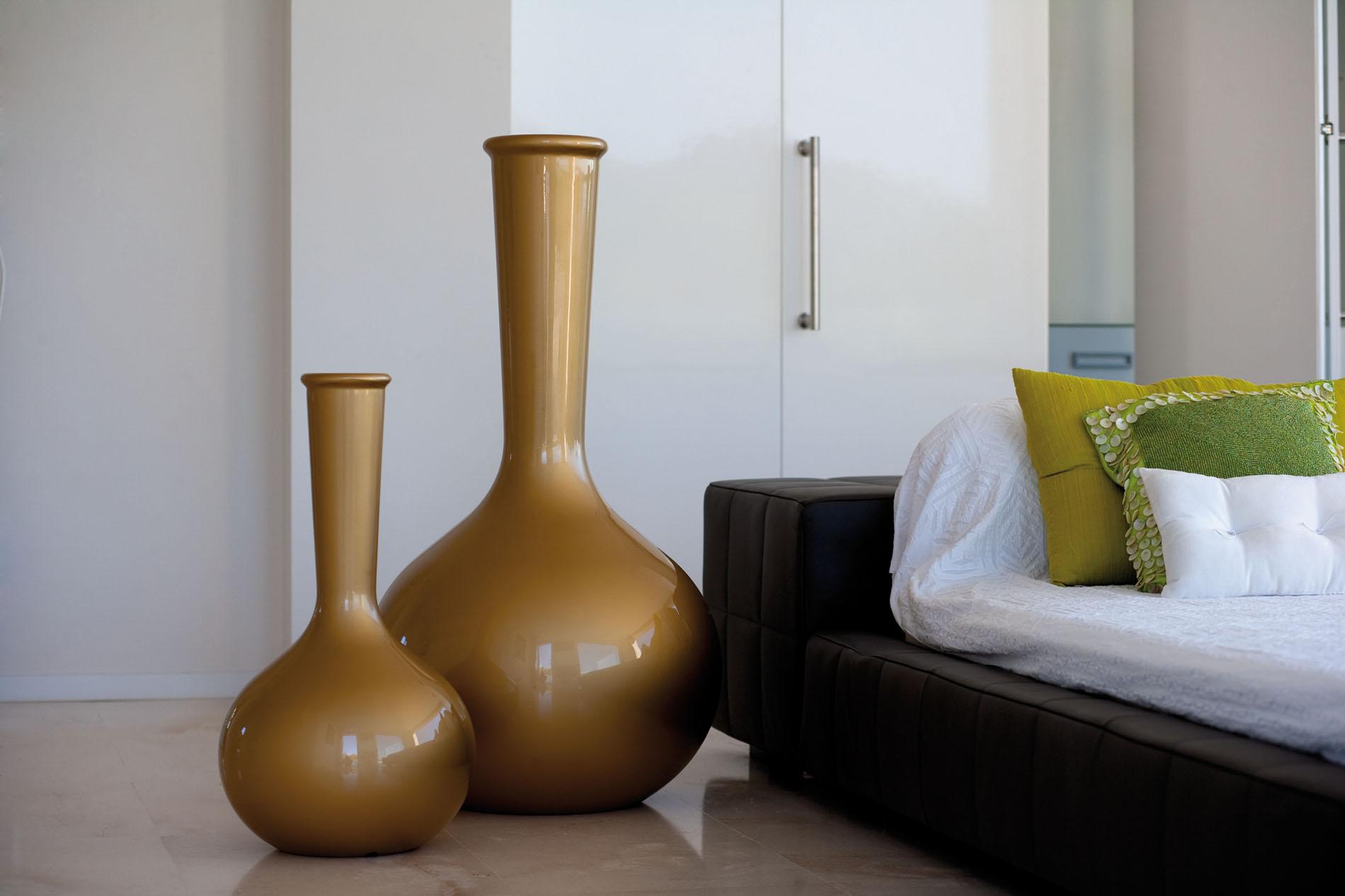 Пример использования ваз в интерьере